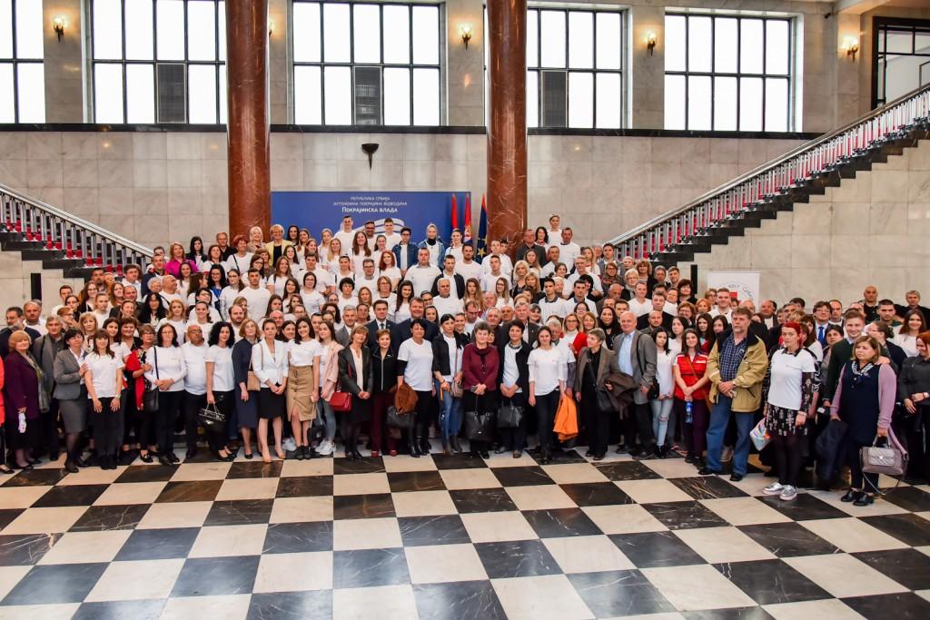 Prijem za volontere Crvenog krsta u Vladi AP Vojvodine